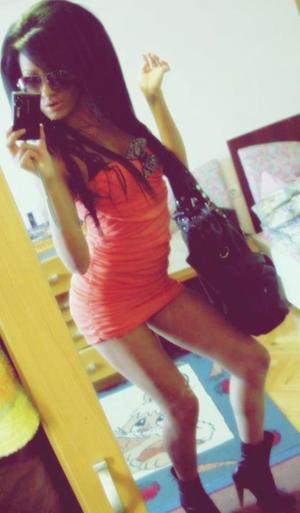 Janie from Wright, Wyoming is looking for adult webcam chat