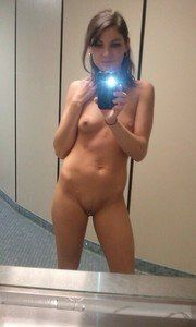 Versie from Massachusetts is looking for adult webcam chat